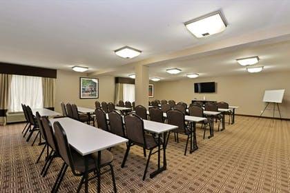 Meeting Facility | Quality Suites Nashville Airport