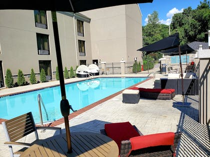 Outdoor Pool | Quality Suites Nashville Airport