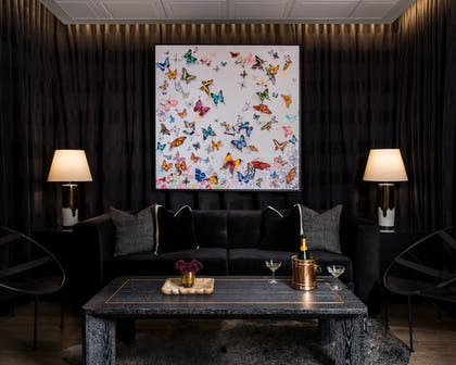 Hotel Lounge | Claridge House