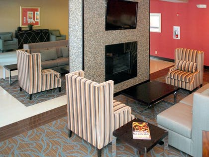 Lobby | Holiday Inn Express Los Angeles Downtown West