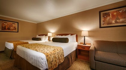 Guestroom | Best Western Holiday Hotel