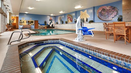 Pool | Best Western Holiday Hotel