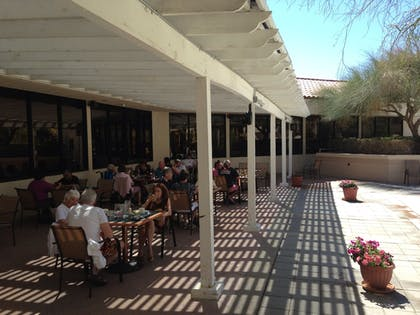 Outdoor Dining | Miracle Springs Resort & Spa