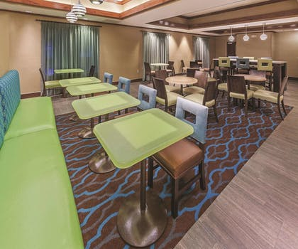 Dining | La Quinta Inn & Suites by Wyndham Midwest City - Tinker AFB