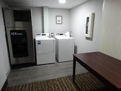 Laundry Room | Best Western Overland Park Hotel