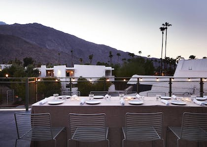 Outdoor Dining | Ace Hotel and Swim Club