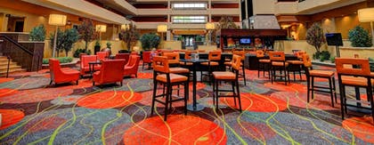 Lobby Lounge | University Plaza Hotel and Convention Center Springfield