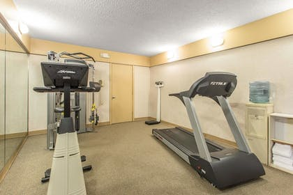 Fitness Facility   Quality Inn & Suites Conference Center