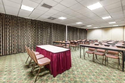 Meeting Facility   Quality Inn & Suites Conference Center