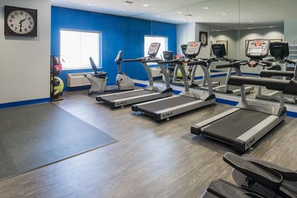 Fitness Facility | Holiday Inn Express Hotel & Suites Burlington