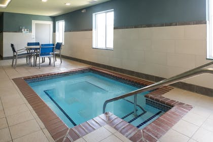Pool | Holiday Inn Express Hotel & Suites Burlington