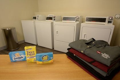 Laundry Room | Best Western Plus Fresno Airport Hotel