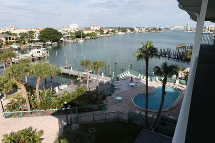 Property Grounds | Clearwater Beach Hotel