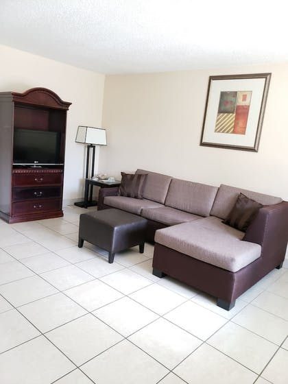 Living Area | Clearwater Beach Hotel