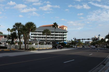 Featured Image | Clearwater Beach Hotel