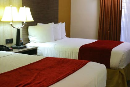 Guestroom | Best Western Plus Galleria Inn & Suites