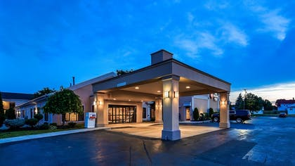 Exterior | Best Western Plus Galleria Inn & Suites