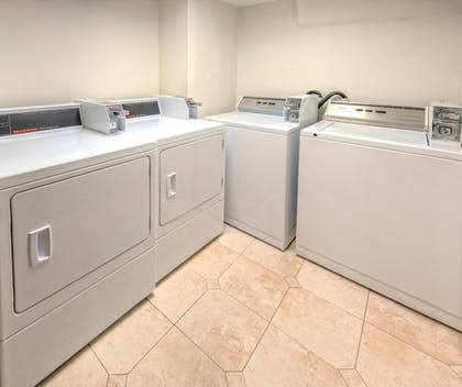 Laundry Room | Holiday Inn Port of Miami - Downtown