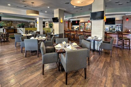 Restaurant | Holiday Inn Port of Miami - Downtown
