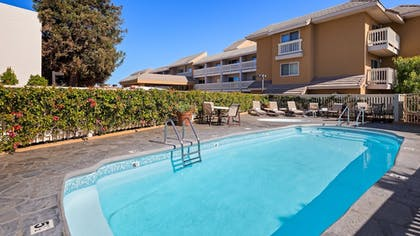 Pool | Best Western Plus Monterey Inn