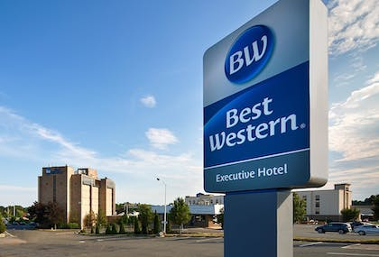 Hotel Front | Best Western Executive Hotel Of New Haven-west Haven