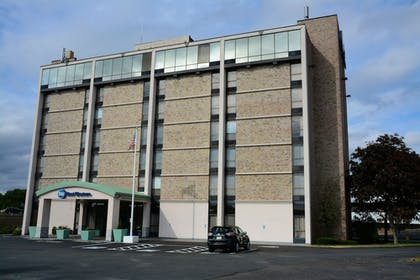 Exterior | Best Western Executive Hotel Of New Haven-west Haven