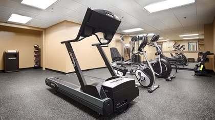 Fitness Facility | Best Western Executive Hotel Of New Haven-west Haven