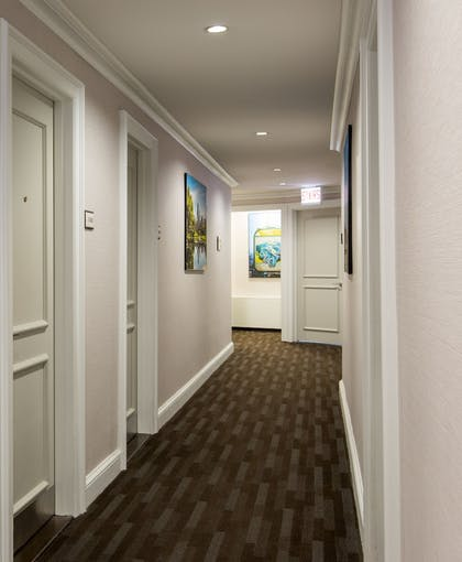 Hallway | The Tremont Chicago Hotel at Magnificent Mile