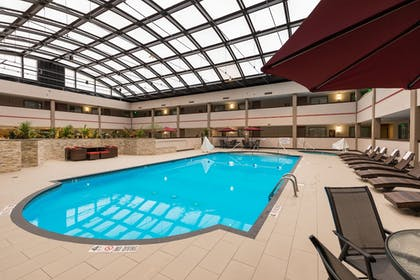 Indoor Pool | Best Western Premier Milwaukee-Brookfield Hotel & Suites