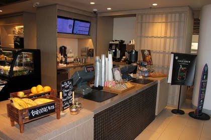 Coffee Shop | Hyatt Regency Long Beach