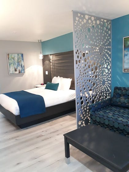 Room | Best Western Plus Continental Inn
