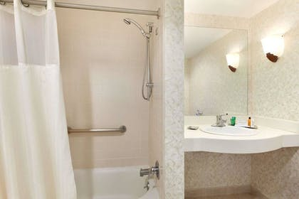 Bathroom | DoubleTree by Hilton Newark Penn Station