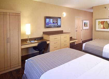 Guestroom | LivINN Hotel Cincinnati / Sharonville Convention Center