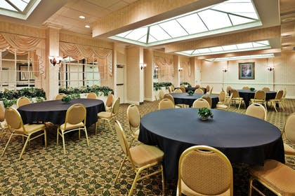 Banquet Hall | Holiday Inn Express Nashville-Hendersonville