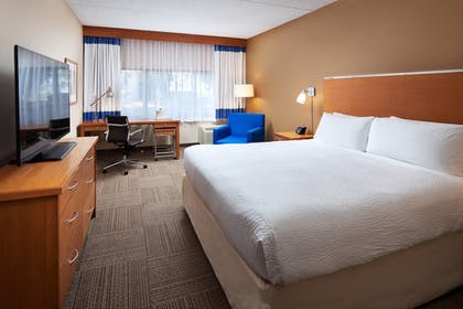Guestroom | Four Points by Sheraton San Diego