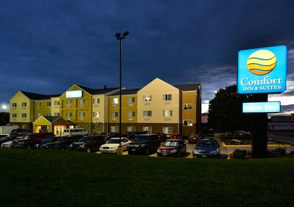 Hotel Front - Evening/Night | Comfort Inn & Suites