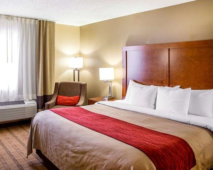 Room | Comfort Inn & Suites