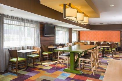 Dining | Fairfield Inn & Suites Bryan College Station