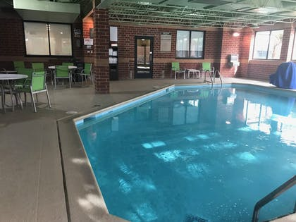 Indoor Pool | Holiday Inn Express Naperville