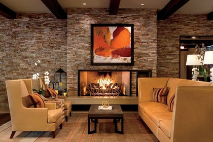 Lobby Sitting Area | The Ritz-Carlton, Rancho Mirage