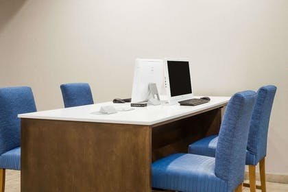 Business Center | Wyndham Garden Fresno Yosemite Airport