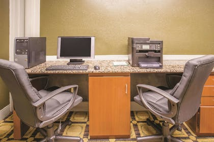 Business Center | La Quinta Inn & Suites by Wyndham Indianapolis South