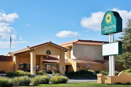 Featured Image | La Quinta Inn & Suites by Wyndham Redding