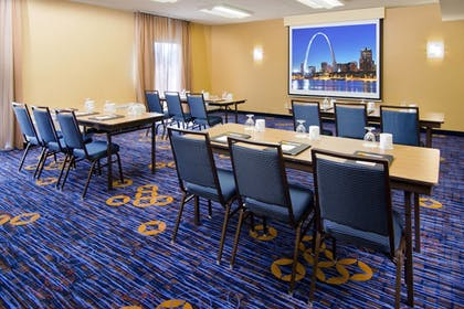 Meeting Facility | Courtyard by Marriott St Louis Westport Plaza