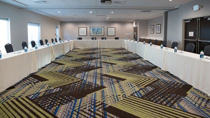 Meeting Facility | Holiday Inn Express & Suites Tampa East - Ybor City
