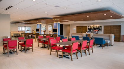 Restaurant | Holiday Inn Express & Suites Tampa East - Ybor City