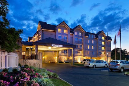 Exterior | Sheraton Great Valley Hotel