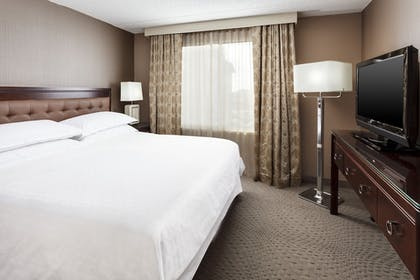 Guestroom | Sheraton Great Valley Hotel