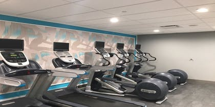 Fitness Facility | Crowne Plaza Milwaukee Airport