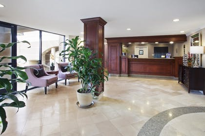Lobby | Best Western Plus Marina Shores Hotel